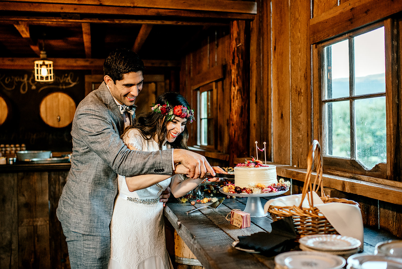 Tin-roof-Barn-wedding-Portland-Oregon-wedding-photographer-0856.jpg