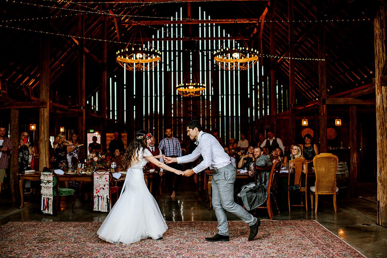 Tin-roof-Barn-wedding-Portland-Oregon-wedding-photographer-0890.jpg