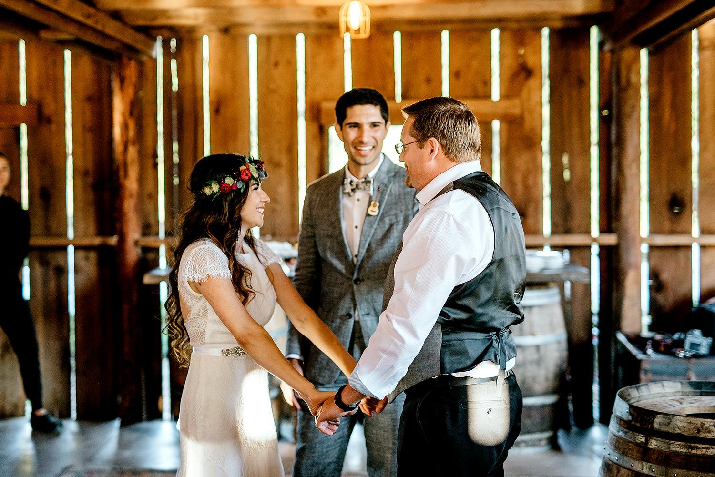 Tin-roof-Barn-wedding-Portland-Oregon-wedding-photographer-0744.jpg
