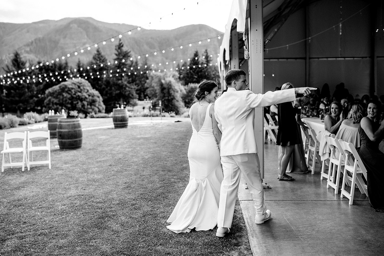 wind-mountain-ranch-wedding-Melissa-Sam585.jpg