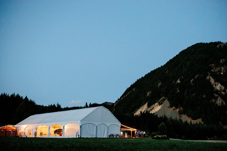 wind-mountain-ranch-wedding-Melissa-Sam906.jpg
