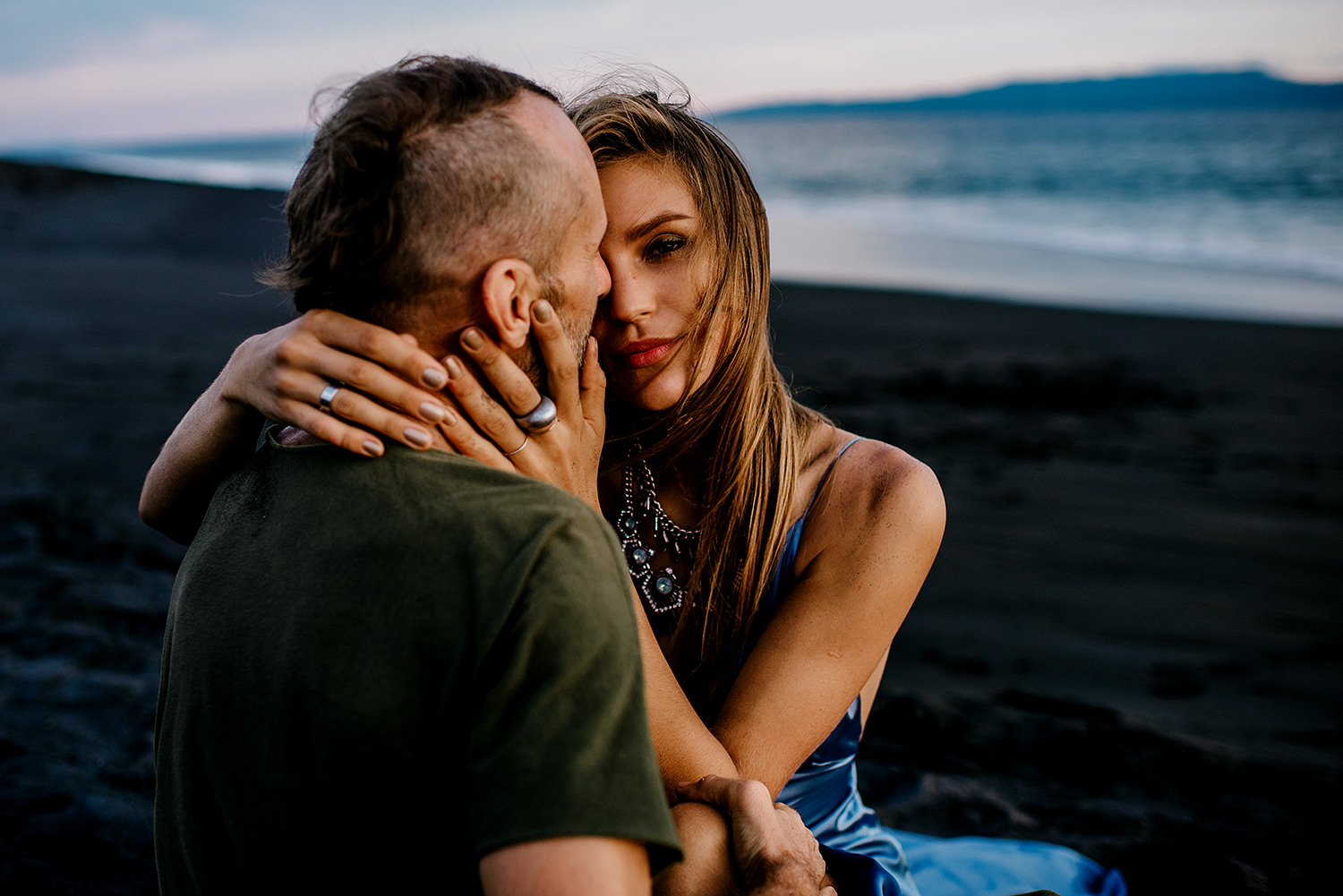 bali-black-sand-beach-engagement-session-Bali-wedding-photographer15.jpg