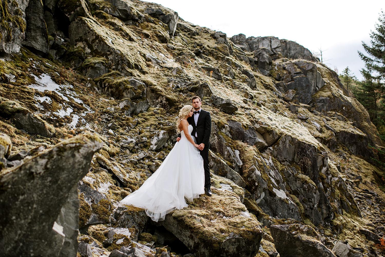Portland-Wedding-Photographer-Columbia-River-Gorge-Wedding19.jpg