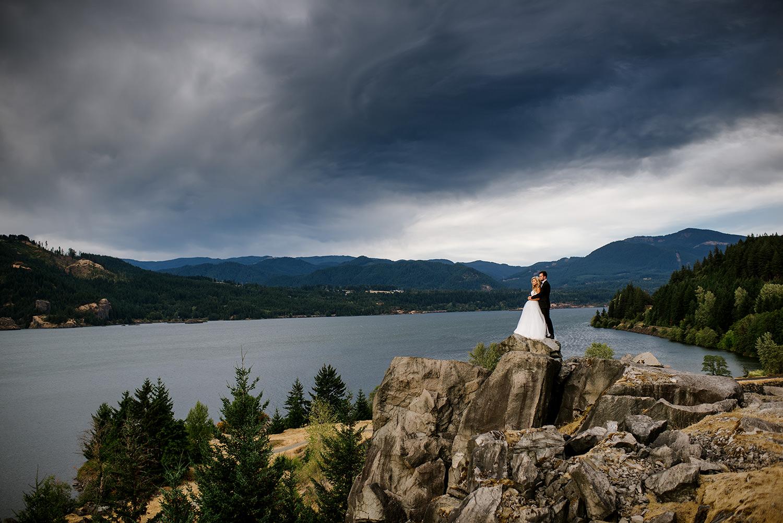 Portland-Wedding-Photographer-Columbia-River-Gorge-Wedding38.jpg