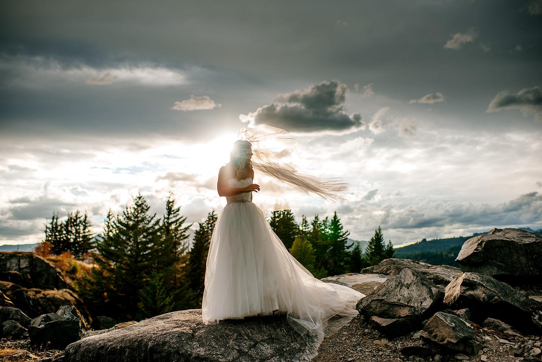 Portland-Wedding-Photographer-Columbia-River-Gorge-Wedding39.jpg