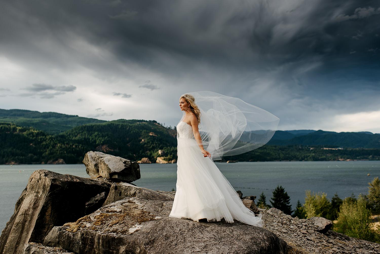 Portland-Wedding-Photographer-Columbia-River-Gorge-Wedding41.jpg