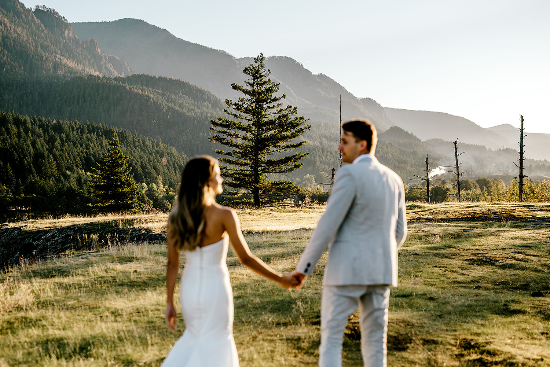 Portland-Wedding-Photographer-Columbia-River-Gorge-elopement08.jpg