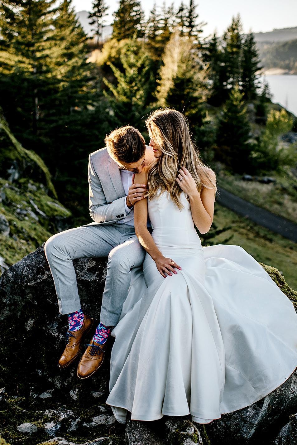 Portland-Wedding-Photographer-Columbia-River-Gorge-elopement11.jpg