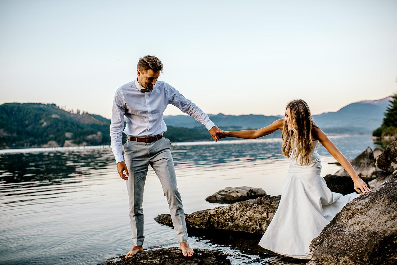 Portland-Wedding-Photographer-Columbia-River-Gorge-elopement43.jpg