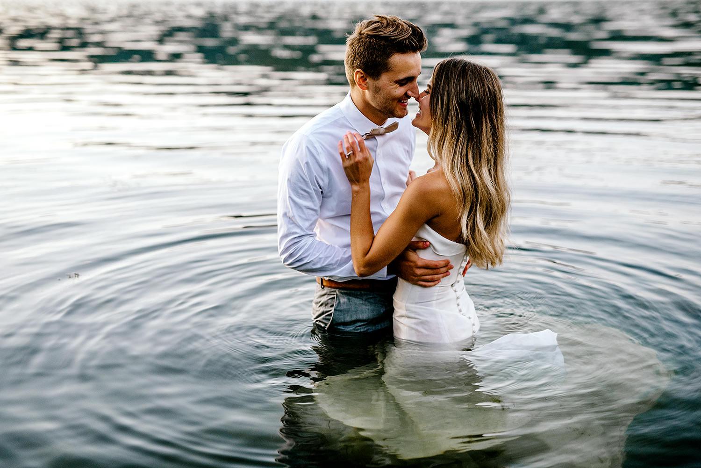 Portland-Wedding-Photographer-Columbia-River-Gorge-elopement48.jpg