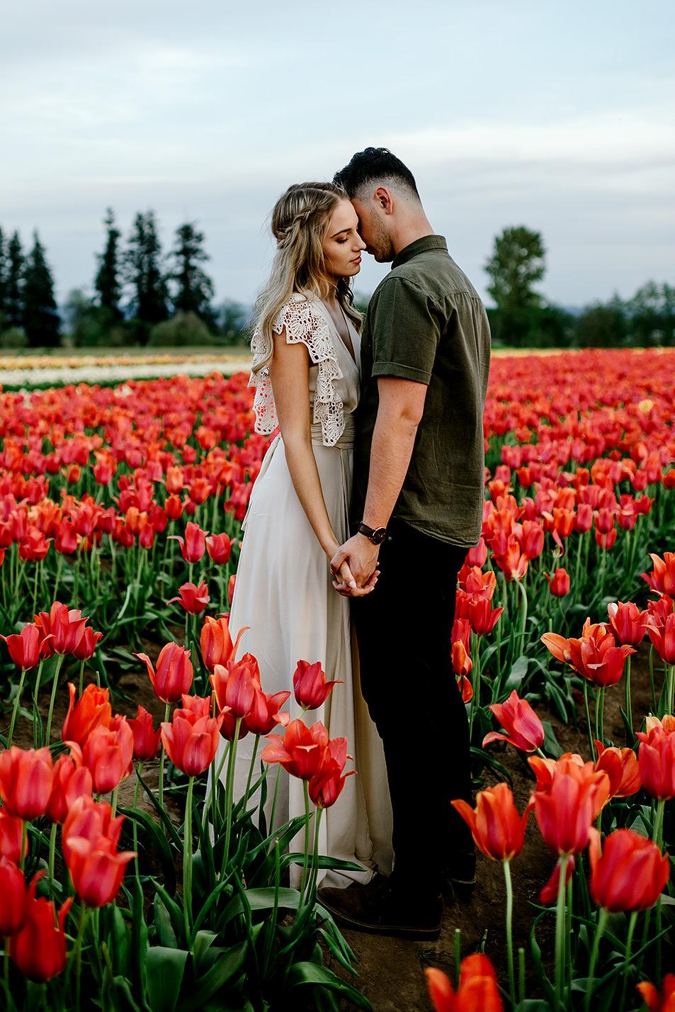 Tulip-field-engagement-session-Portland-Photographer-42.jpg