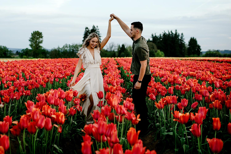 Tulip-field-engagement-session-Portland-Photographer-43.jpg