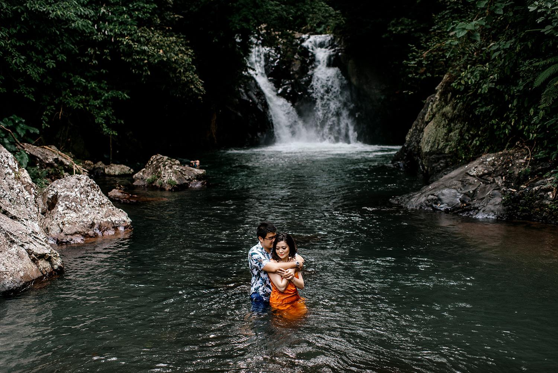 Bali-waterfall-engagment-Bali-wedding-photographer53.jpg
