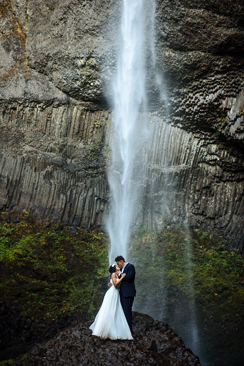 Latourell-falls-engagement-portland-wedding-photography32.jpg