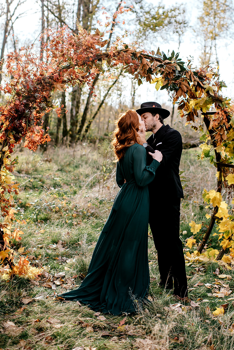 Portland-elopement-photographer-Autunm-wedding-inspiration-14.jpg