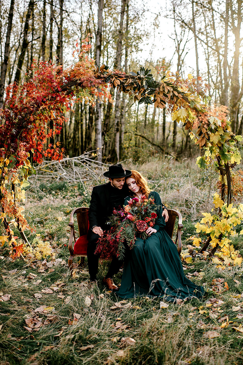Portland-elopement-photographer-Autunm-wedding-inspiration-26.jpg