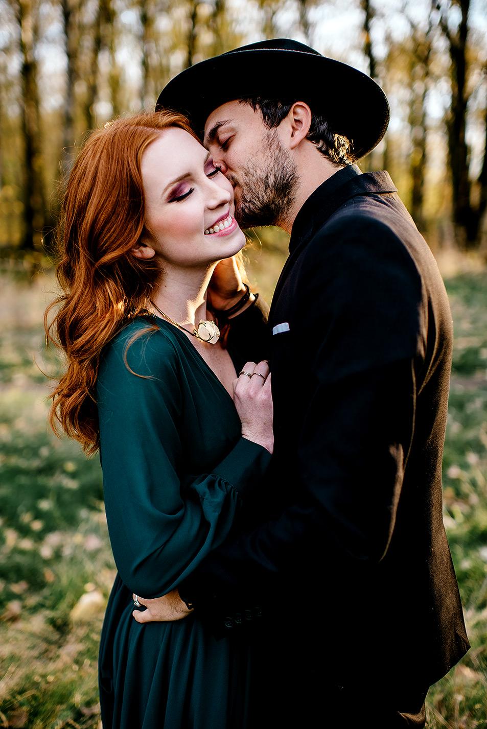 Portland-elopement-photographer-Autunm-wedding-inspiration-34.jpg