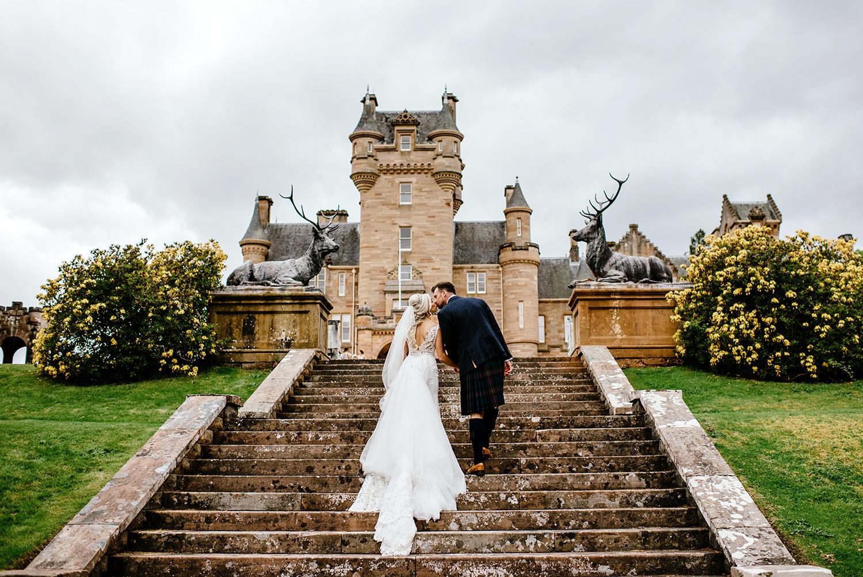 whimsical-Scottish-wedding-at-Ardross-Castle-030.jpg