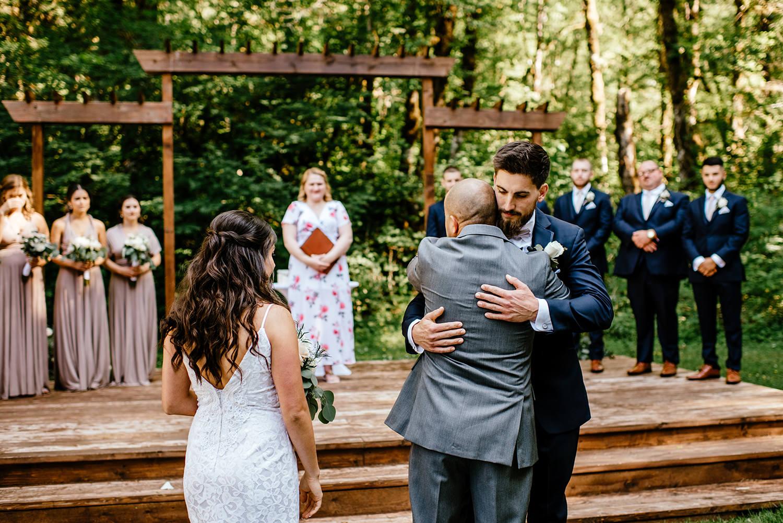 Silver-falls-state-park-wedding-76.jpg