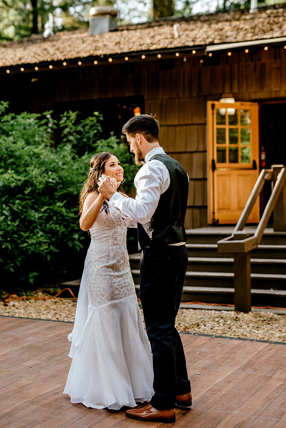 Silver-falls-state-park-wedding-85.jpg