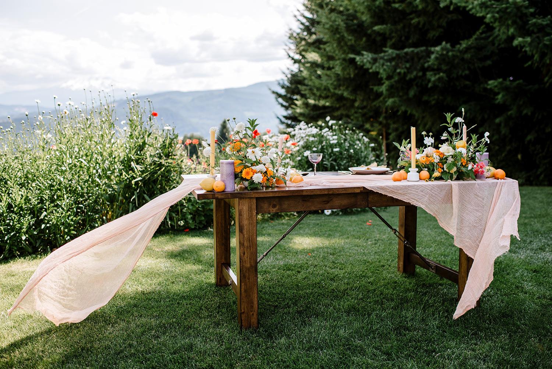 Citrus-inspired-wedding-at-Gorge-Crest-Vineyard-062.jpg
