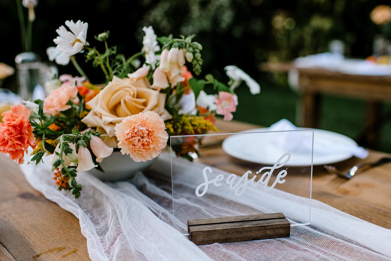 Citrus-inspired-wedding-at-Gorge-Crest-Vineyard-070.jpg