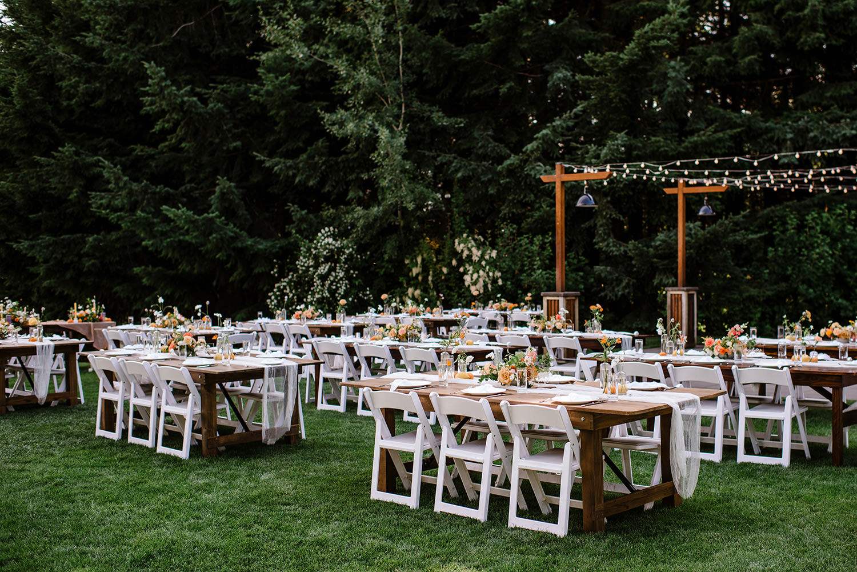 Citrus-inspired-wedding-at-Gorge-Crest-Vineyard-084.jpg