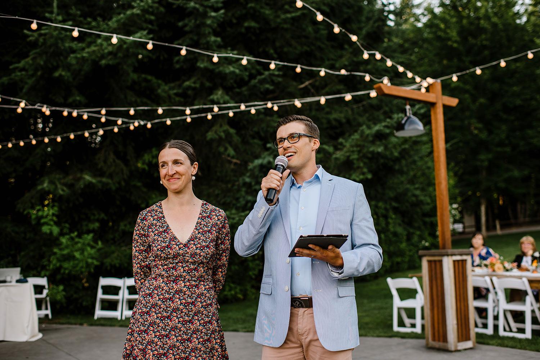 Citrus-inspired-wedding-at-Gorge-Crest-Vineyard-088.jpg