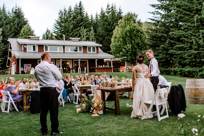 Citrus-inspired-wedding-at-Gorge-Crest-Vineyard-108.jpg