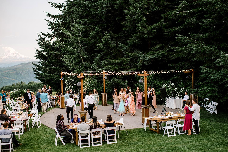 Citrus-inspired-wedding-at-Gorge-Crest-Vineyard-117.jpg