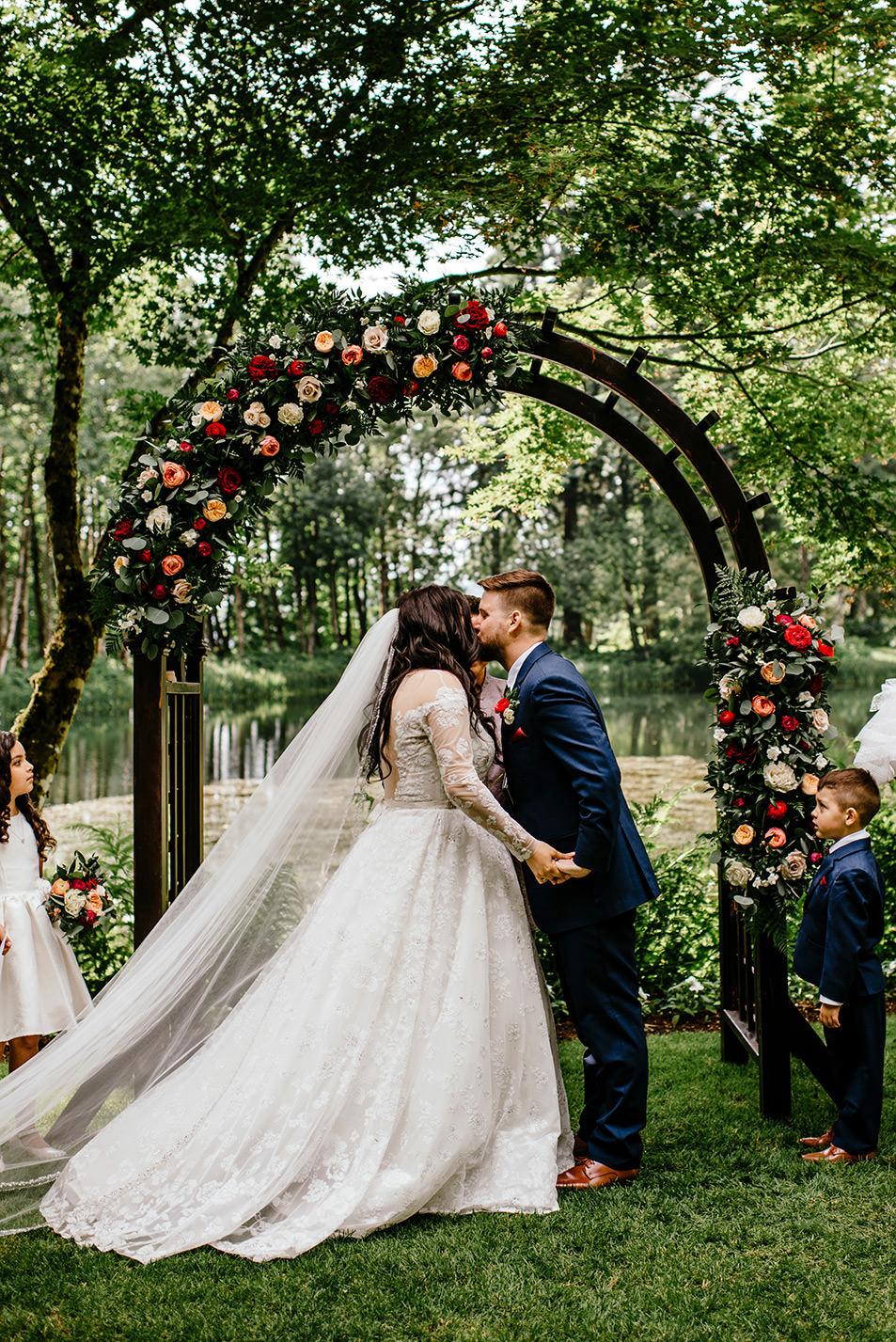 Spanish-inspired-wedding-bridal-veil-lakes-32.jpg