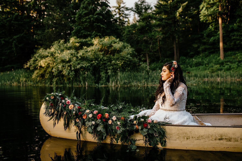 Spanish-inspired-wedding-bridal-veil-lakes-43.jpg