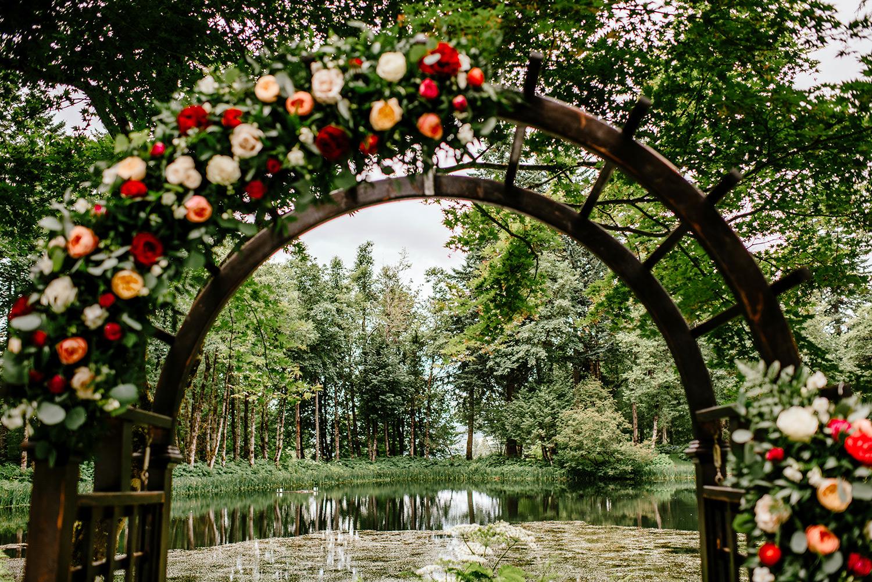 Spanish-inspired-wedding-Bridal-veil-lake-49.jpg