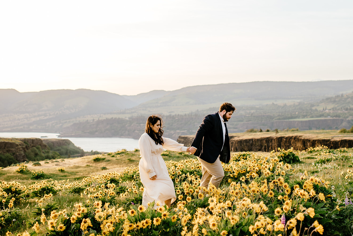 Wild-flower-engagement-session-at-rowena-crest-136.jpg