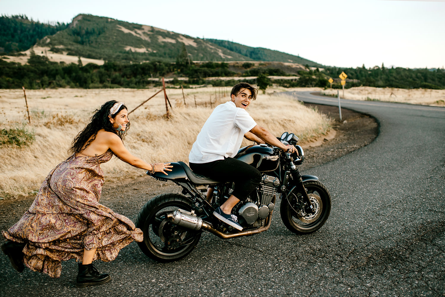 Desert-Motorcycle-engagement-photos-182.jpg