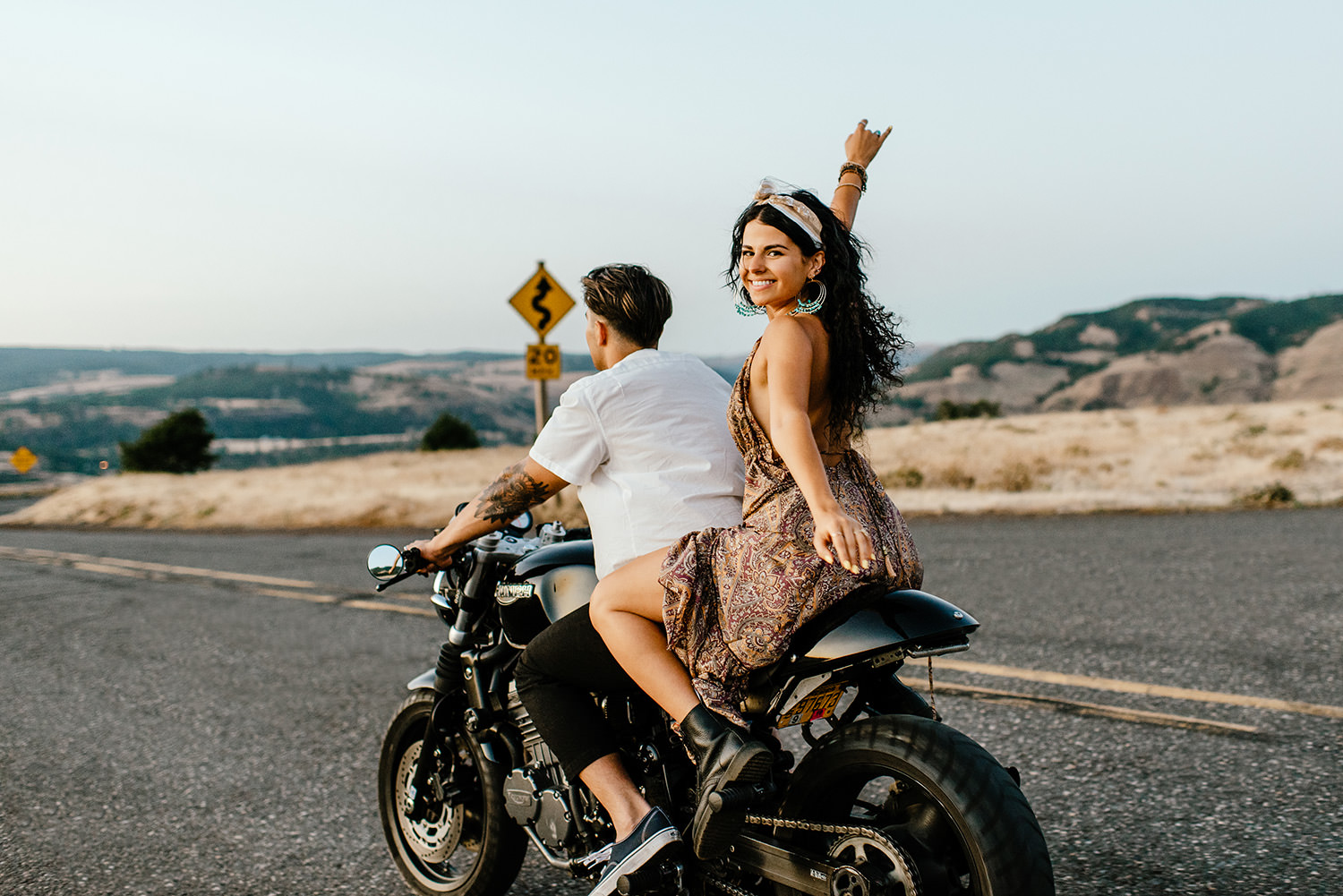Desert-Motorcycle-engagement-photos-216.jpg