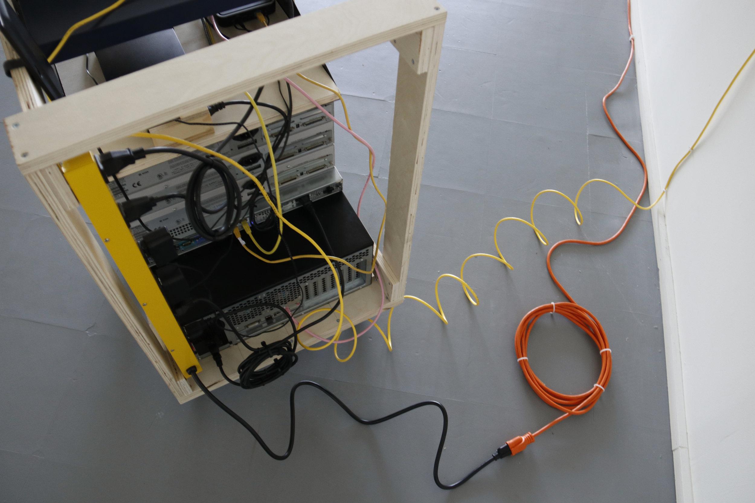 10_serverRack_cord_detail.jpg