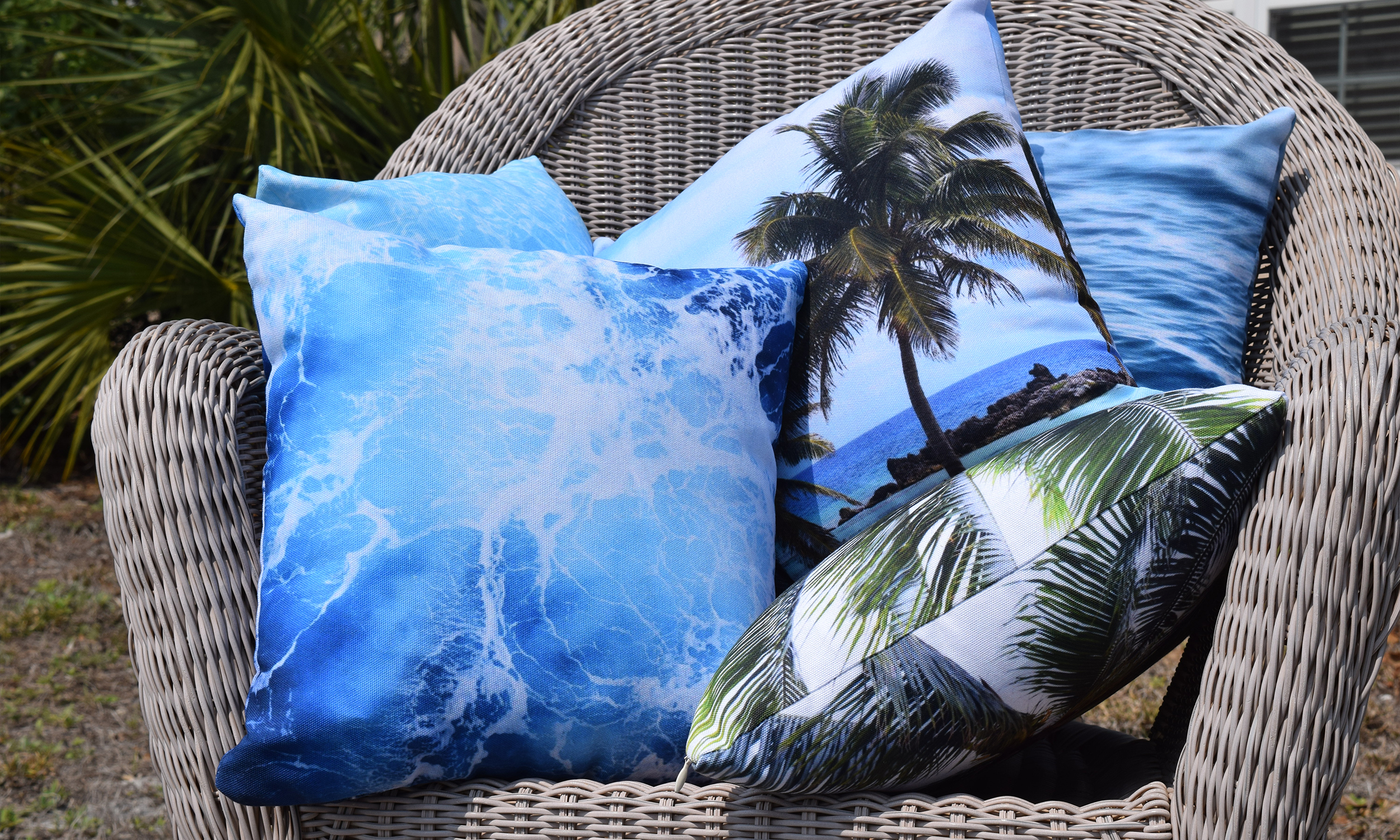 Five Throw Pillows on Chair - Nature | City Co.