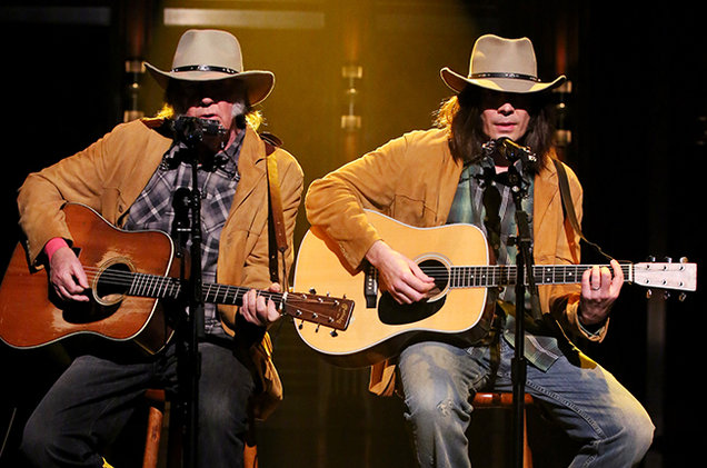 neil-young-jimmy-fallon-tonight-show-feb-2015-billboard-650.jpg