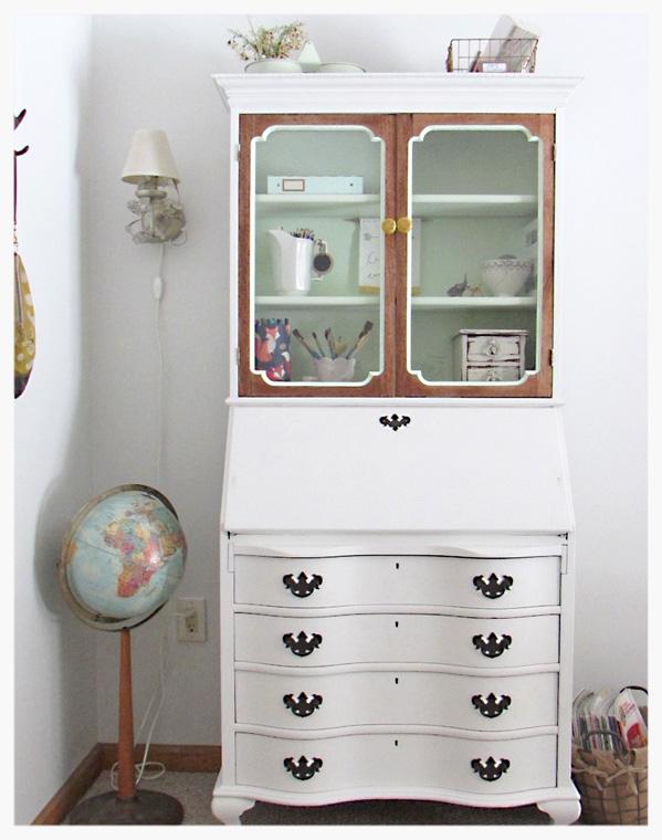 desk2-2.jpg