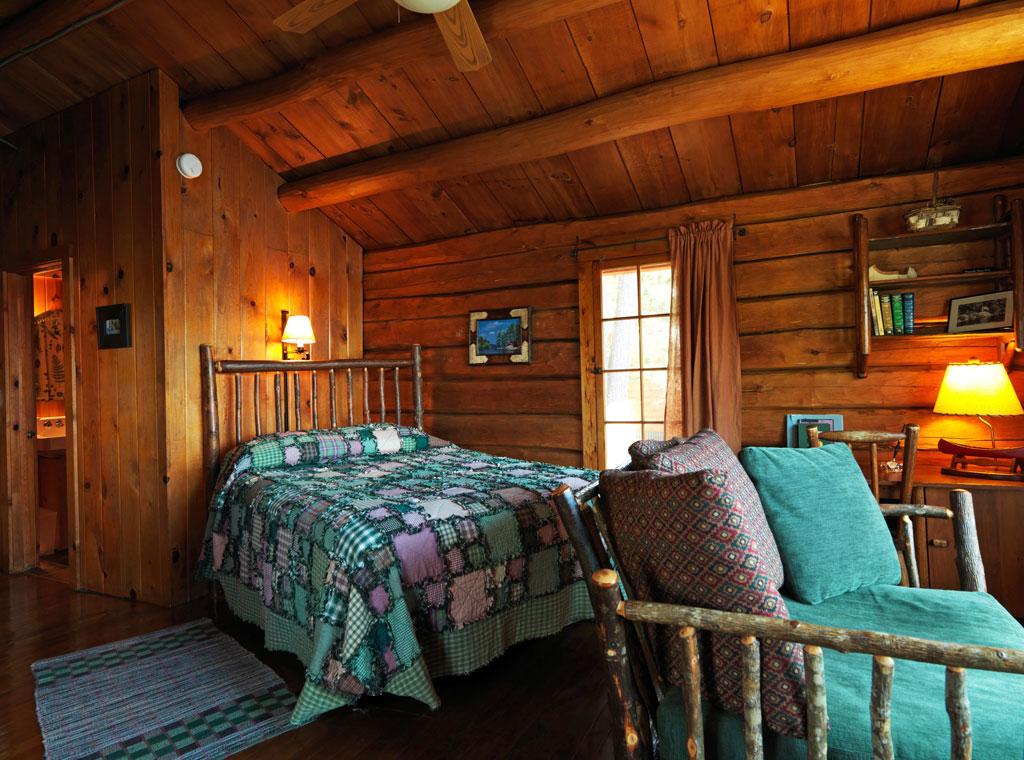 Cabin26_interior.jpg