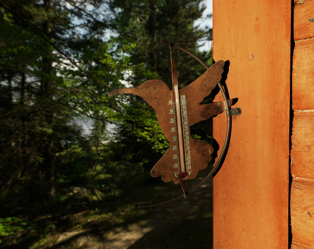 Cabin11_thermometer.jpg