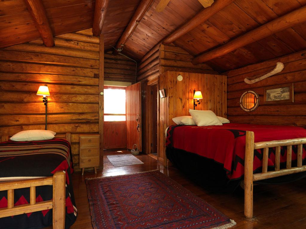 Cabin23_interior.jpg