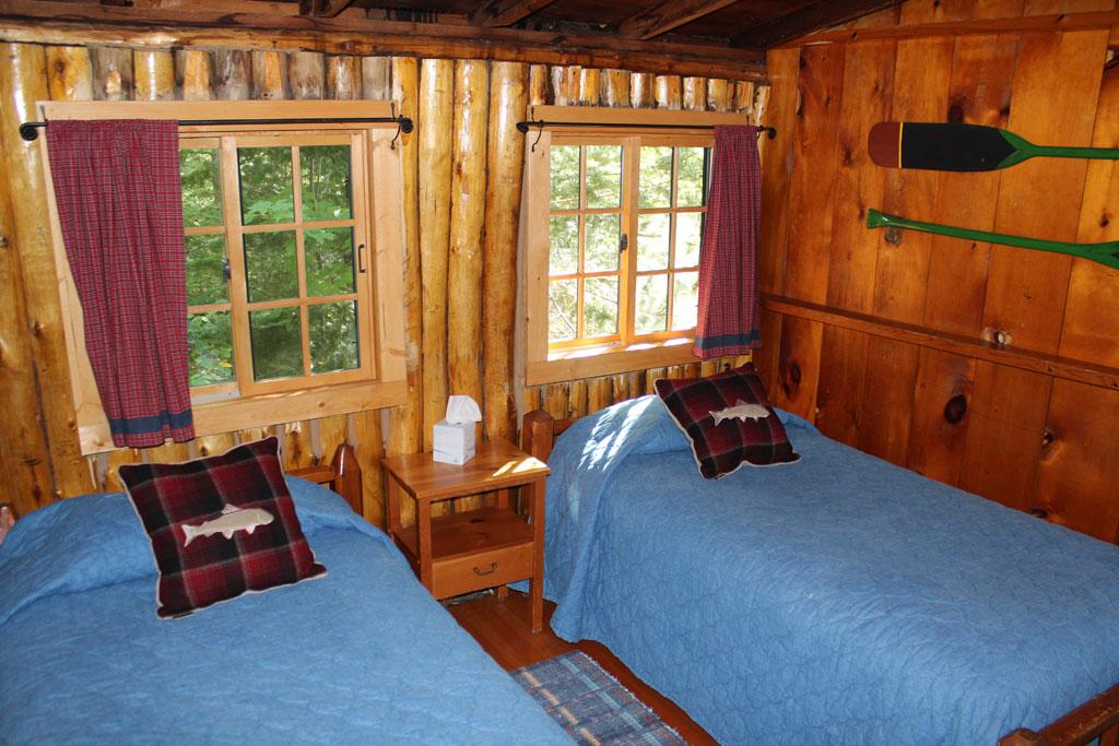 Cabin15_twin.jpg