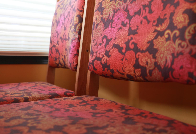 2005 Keystone Montana Fifth Wheel For Sale - Chairs.jpg