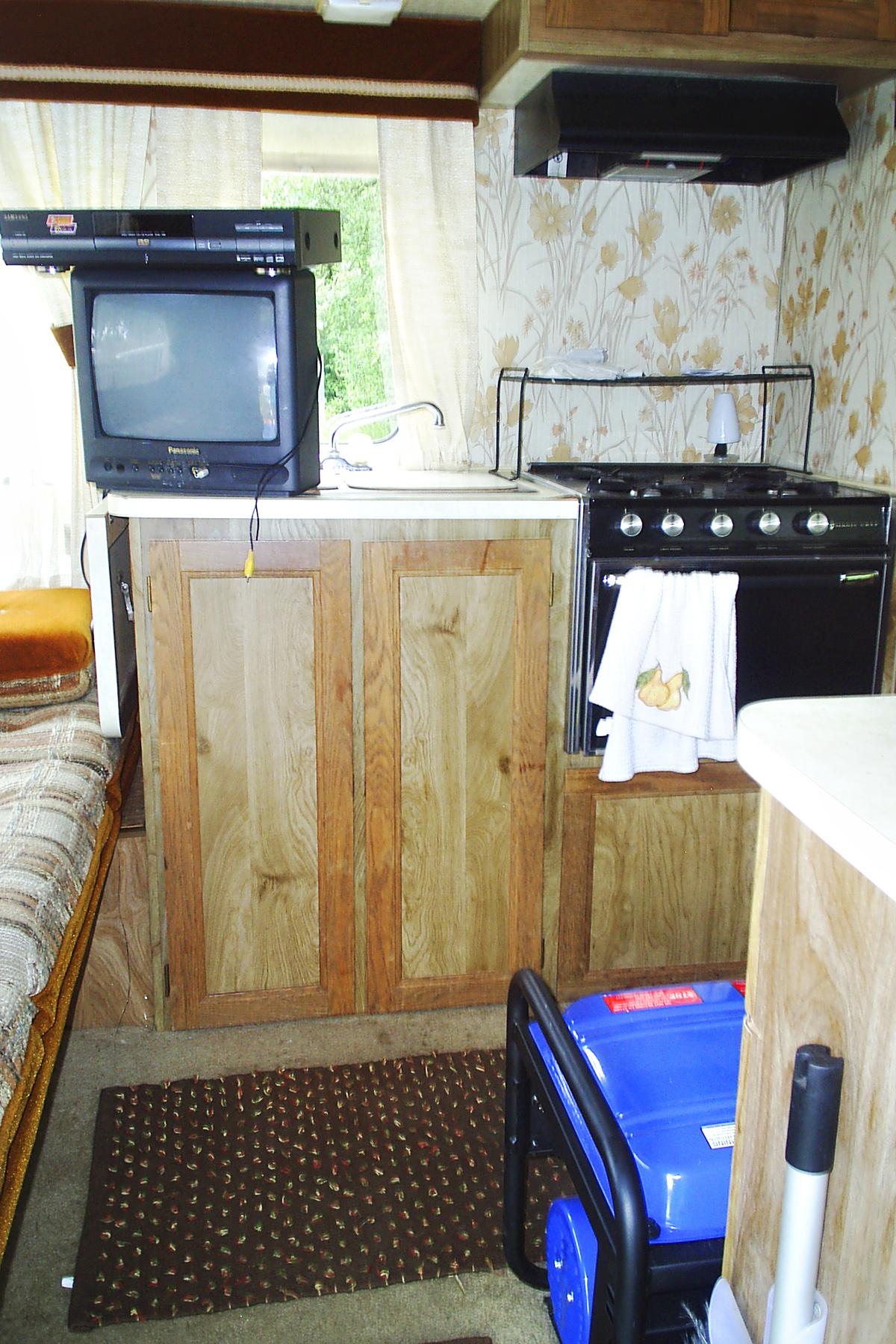 03_Minnie Winnie Pre-Renovations 3.jpg