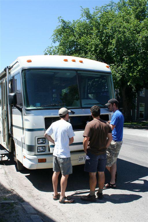 04_Matt Talks Veggie with Dan and Dave.jpg