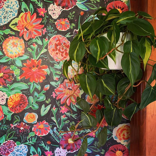 When I found this dreamy wallpaper for the RV...my head pretty much exploded with happiness!🌟After I calmed myself down, I had a vision of hanging a beautiful lush green plant from the ceiling next to it.🌱🌈☀️Well...dreams come true. I can't stop staring. *sigh*🥰 And...I might go home and wallpaper my whole life. . . . . . #everydaymagic #thehappynow #crashbangcolour #printspatternstexturesohmy #brightspaceswelove #apartmenttherapy #mybohotribe #chickswithplants #brightboldhome #mybohoretreat #thepottedplant #brightspaceswelove #peepmypad #nomadiclifestyle #rvremodel #justbehue #anthrohome #anthropologie #wallpaperlove #rvlife #rvlifestyle