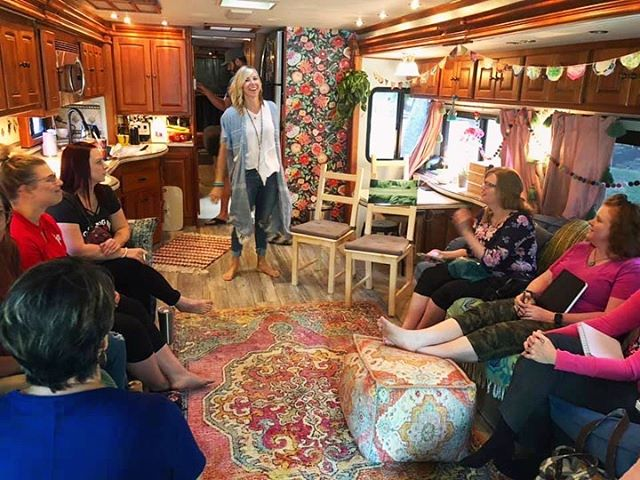"What a magical day!🌟I love gathering with our Lincoln tribe...it reminds me of that one time I felt prompted to jump on a midnight train out of Denver to go teach the first class there for my dear friend and now business partner  @essentials.everyday. 🌈🦋That was 5 years ago...and the oil community here has exploded since then! So if you're at a crossroads in your life...listen to that still small voice that says... ""Go! That's where you need to be"". And then surround yourself with people who are dreaming big just like you!🌟"