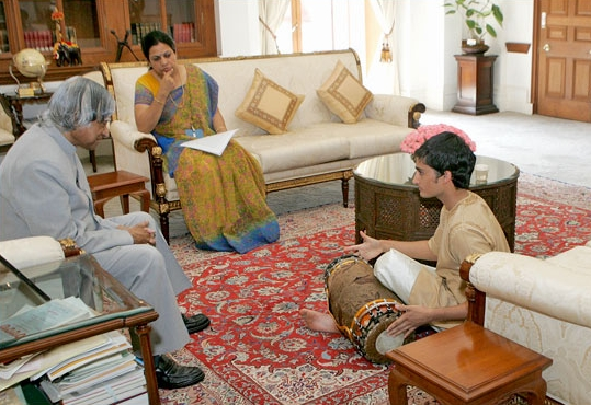 With the President of India, Dr. Abdul Kalam, during a private performance and meeting at the presidential estate in New Delhi.